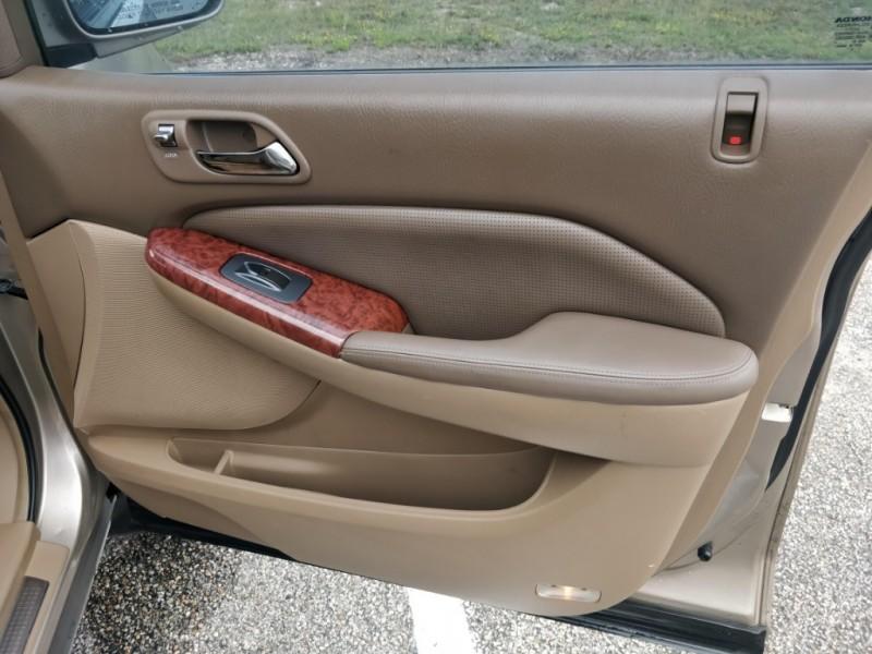 Acura MDX 2004 price $3,850