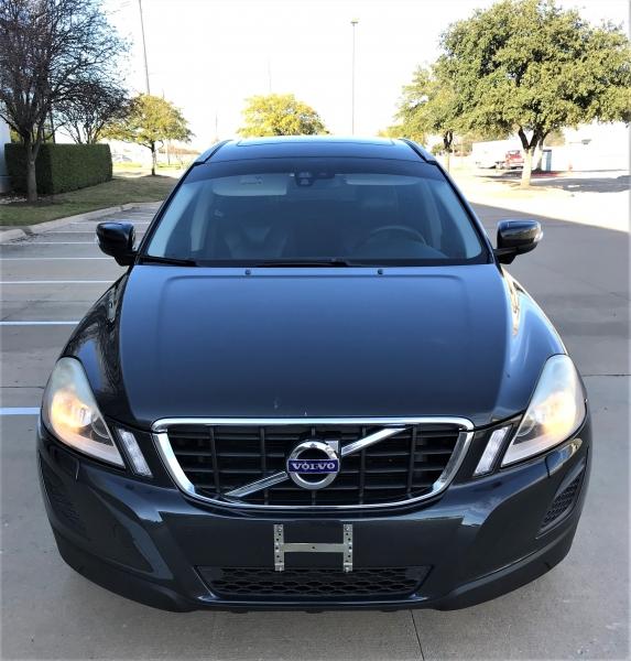 Volvo XC 60 2011 price $6,995