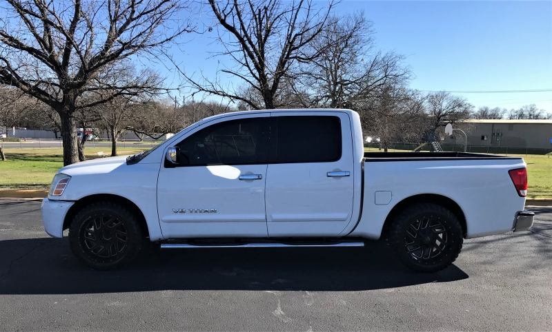 Nissan Titan 2007 price $7,999
