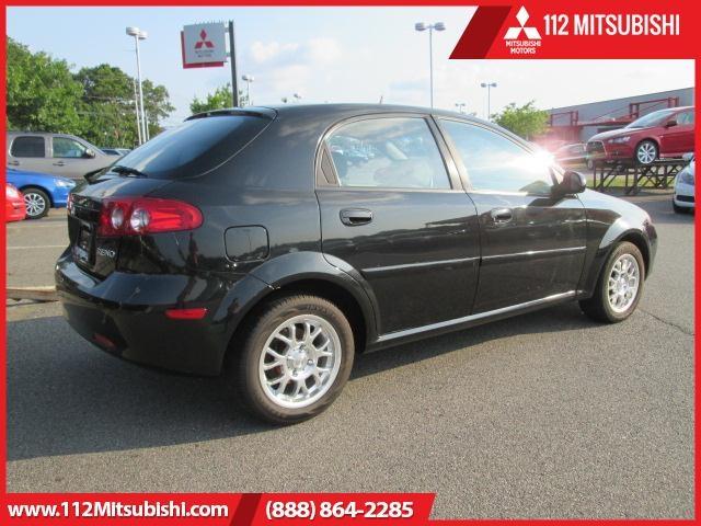 Suzuki Reno 2005 price $4,495