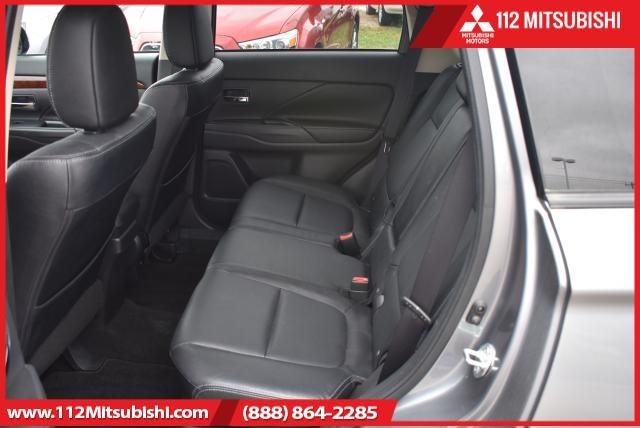 Mitsubishi Outlander 2015 price $17,900