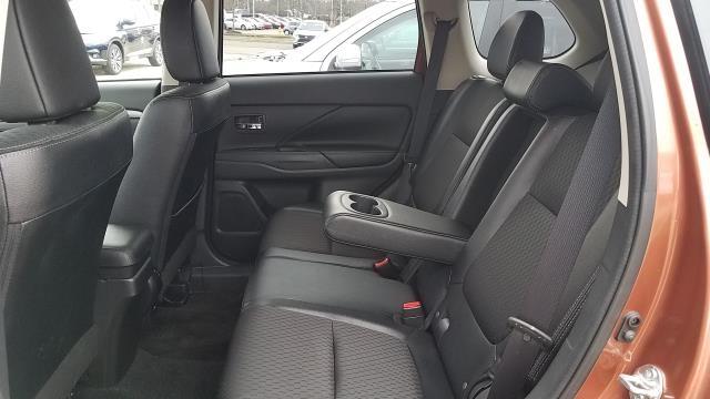 Mitsubishi Outlander 2015 price $17,995