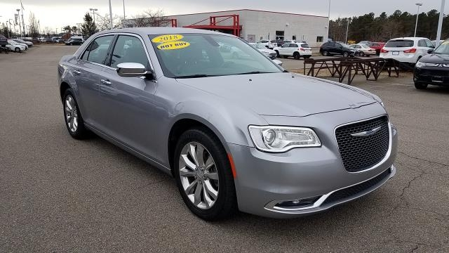 Chrysler 300 2018 price $19,995