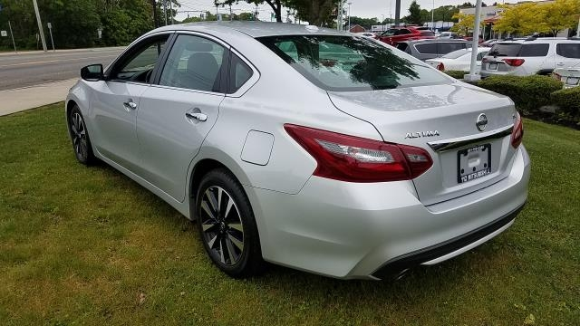 Nissan Altima 2018 price $18,995