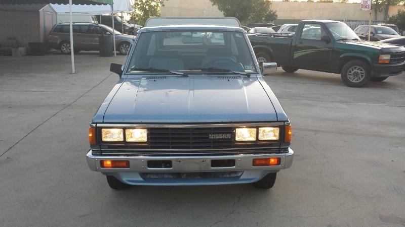 1985 nissan pickup king cab 5 spd inventory azteca. Black Bedroom Furniture Sets. Home Design Ideas