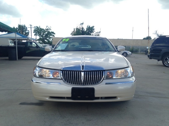 1998 Lincoln Town Car 4dr Sdn Cartier Inventory Azteca Auto