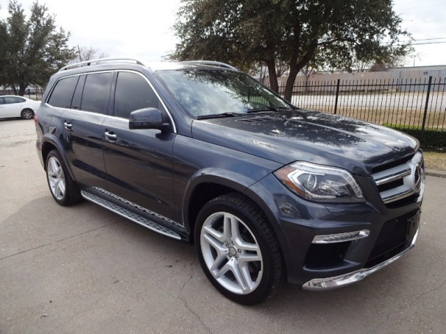 2013 Mercedes-Benz GL-550 4MATIC Loaded