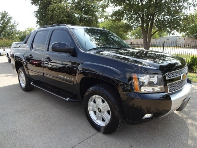 2013 Chevrolet Avalanche Black Z71 Diamond 4WD NAV TV/DVD