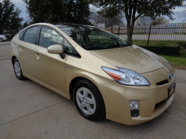 2010 Toyota Prius IV Navigation Leather