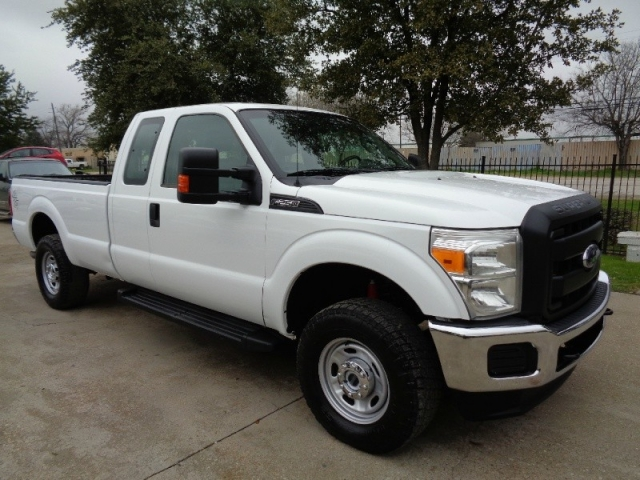 2015 Ford F250 XL SuperCab LB 4WD 6.2L