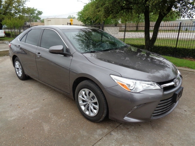 2016 Toyota Camry LE 4Cyl 2.5L