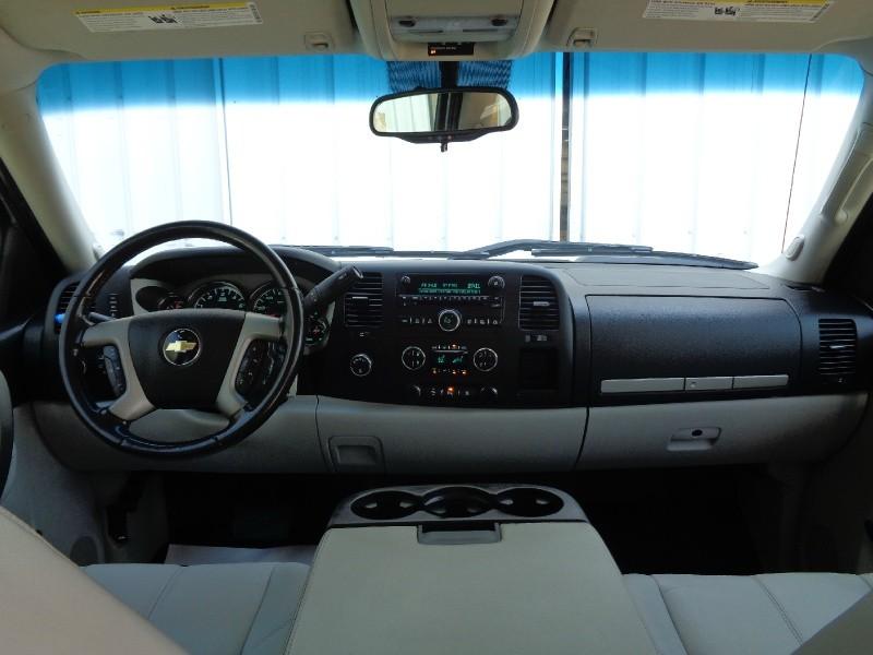 Chevrolet Silverado 1500 LT Z71 Crew 4WD 2011 price $16,495