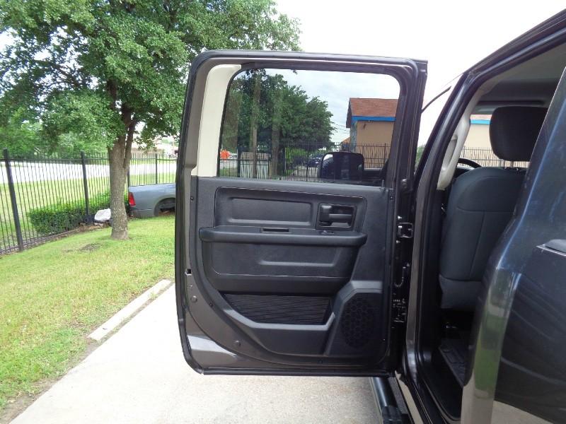 RAM 2500 Tradesman Crew 6.7L Diesel 4WD 2014 price $26,495