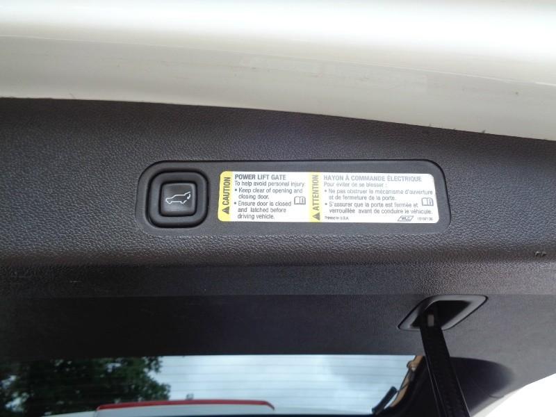 Chevrolet Suburban LT Z71 4X4 NAV TV/DVD 2007 price $9,995