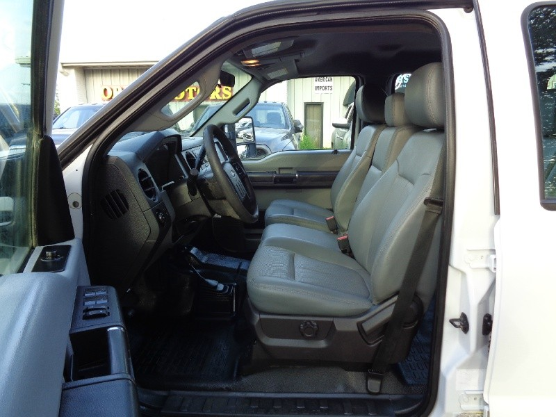 Ford F250 XL Crew Long 6.2L 4WD 2014 price $14,495