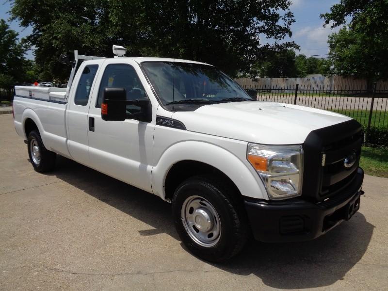Ford F250 XL SuperCab 6.2L 2015 price $11,495