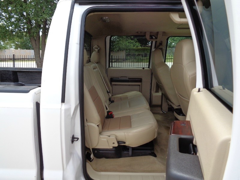 Ford F250 Lariat Crew Diesel 4WD 2010 price $13,495