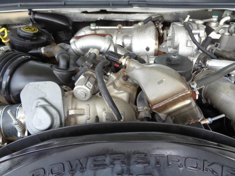Ford F250 Lariat Crew Diesel 4WD 2010 price $13,995
