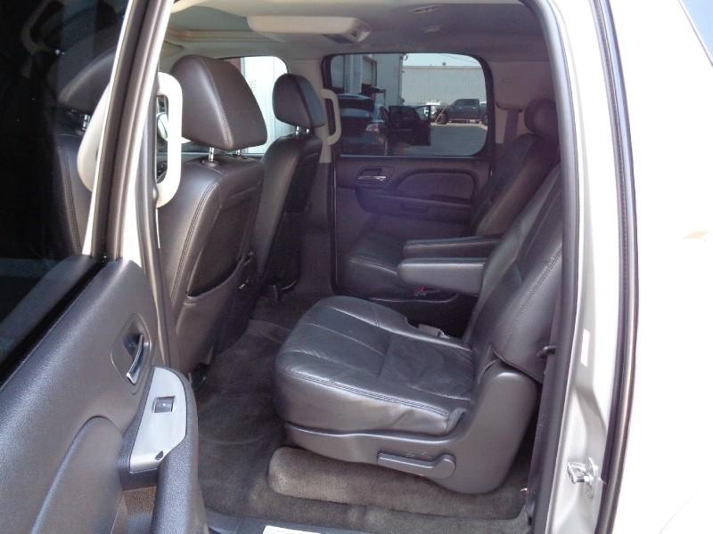 Chevrolet Suburban LT Z71 4X4 NAV TV/DVD 2009 price $8,995