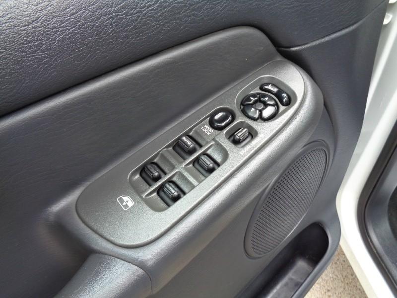 Dodge Ram 3500 Quad SRW 5.9L Diesel 2WD 2003 price $9,995