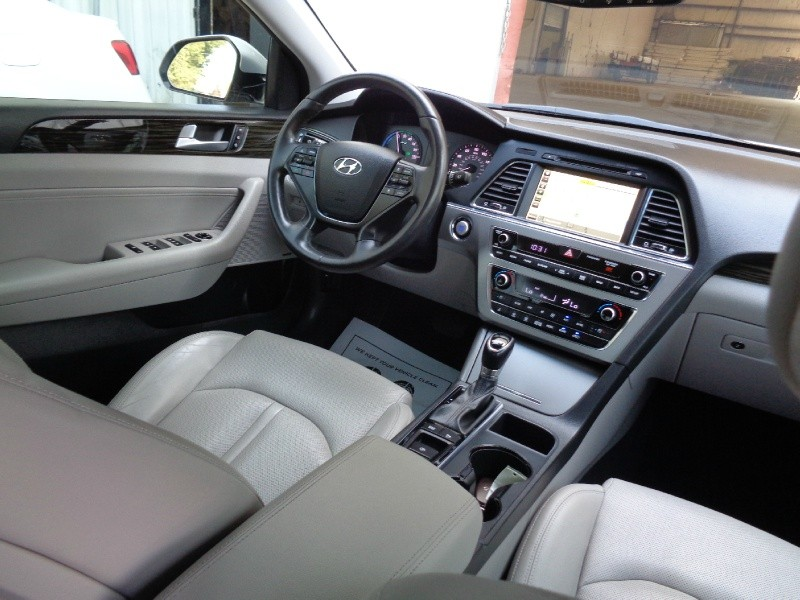 Hyundai Sonata Hybrid Limited 2016 price $13,995