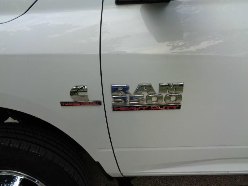 RAM 3500 Crew DRW Diesel 4WD 2015 price $17,495
