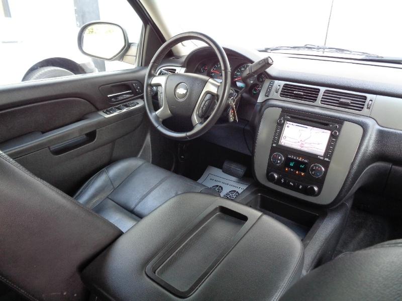 Chevrolet Suburban LT Z71 4X4 NAV TV/DVD 2013 price $15,495