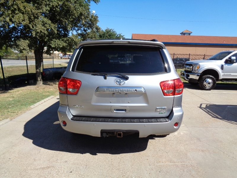 Toyota Sequoia Platinum NAV TV/DVD 4WD 2010 price $12,495