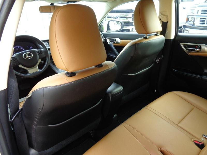 Lexus CT 200h Premium Hybrid 2014 price $13,495