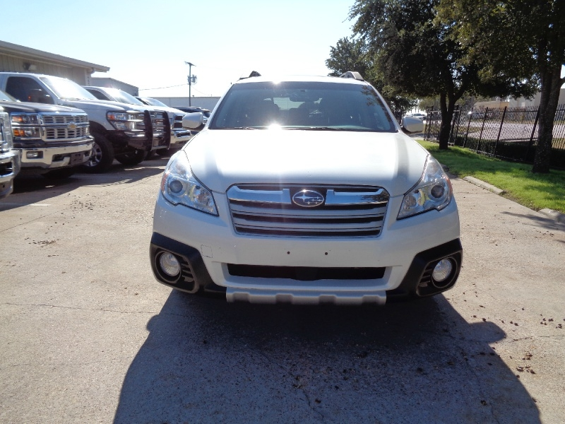 Subaru Outback Limited AWD 2013 price $11,995