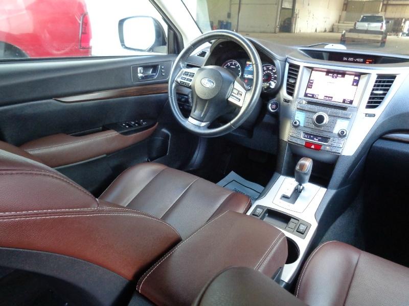 Subaru Outback Limited AWD 2.5i 2013 price $11,995