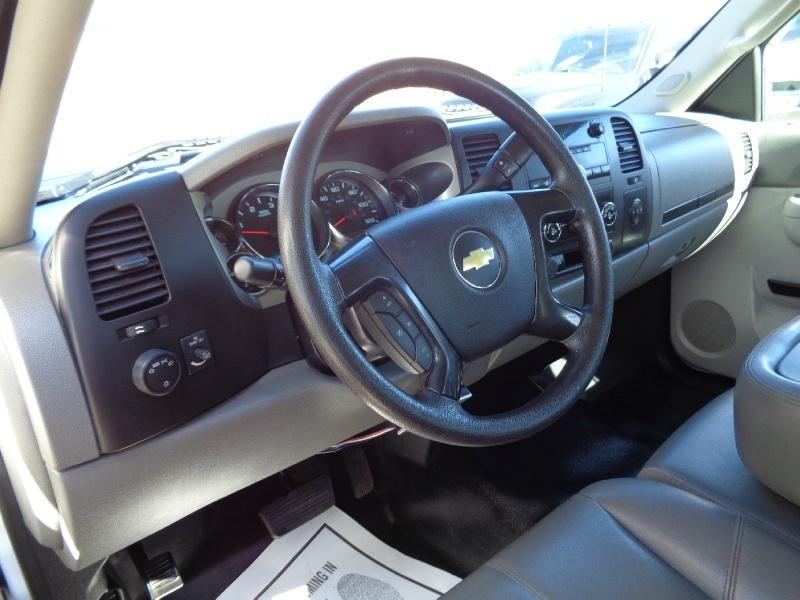 Chevrolet Silverado 3500 Flatbed Diesel 2WD 2013 price $21,495