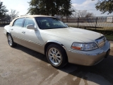 Lincoln Town Car Signature Only 54K 2005