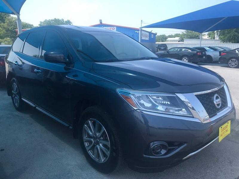 Nissan Pathfinder 2013 price Call Dealer