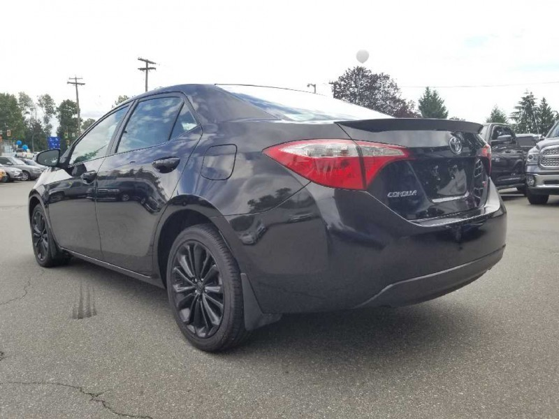 Toyota Corolla 2015 price $12,888