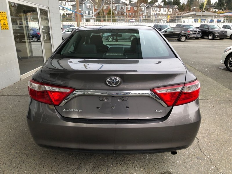 Toyota Camry 2015 price $17,580