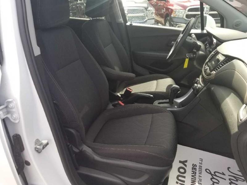 Chevrolet Trax 2018 price $26,888