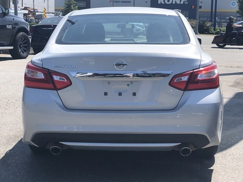 Nissan Altima 2017 price $18,499