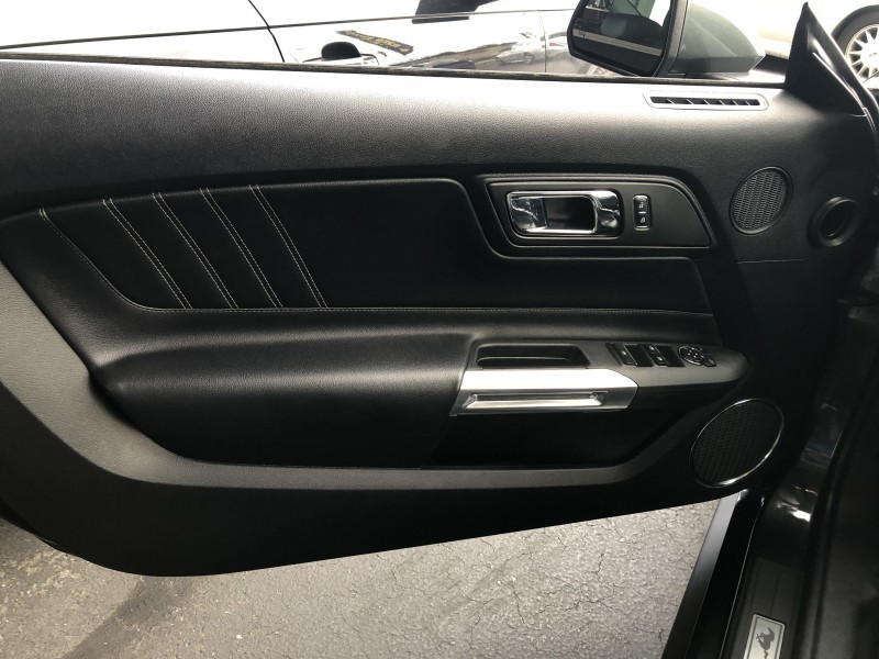 Ford Mustang 2015 price $29,995