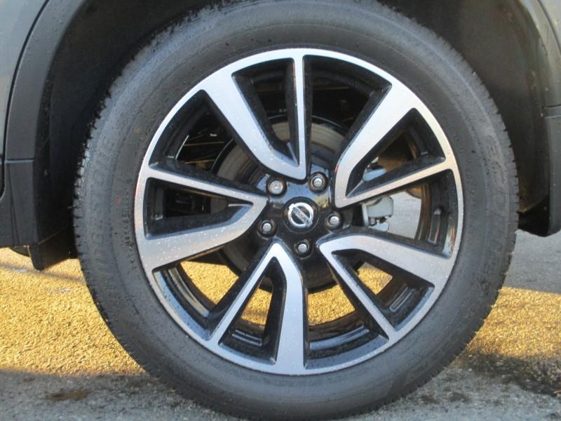 Nissan Rogue 2018 price $31,695