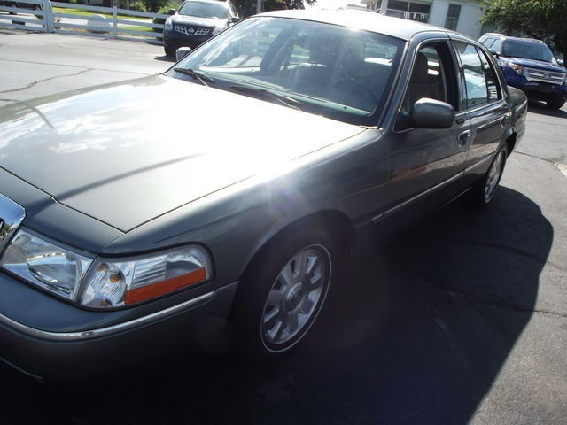 Mercury Grand Marquis 2004 price $5,995