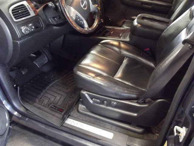 GMC Yukon XL Denali 2008 price $13,995