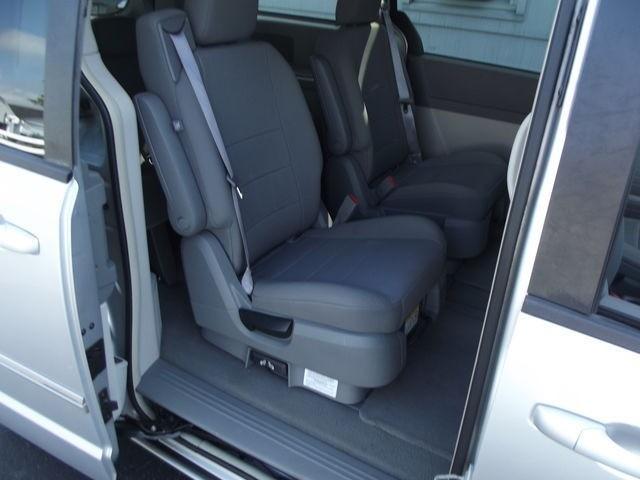 Dodge Grand Caravan 2008 price $8,995