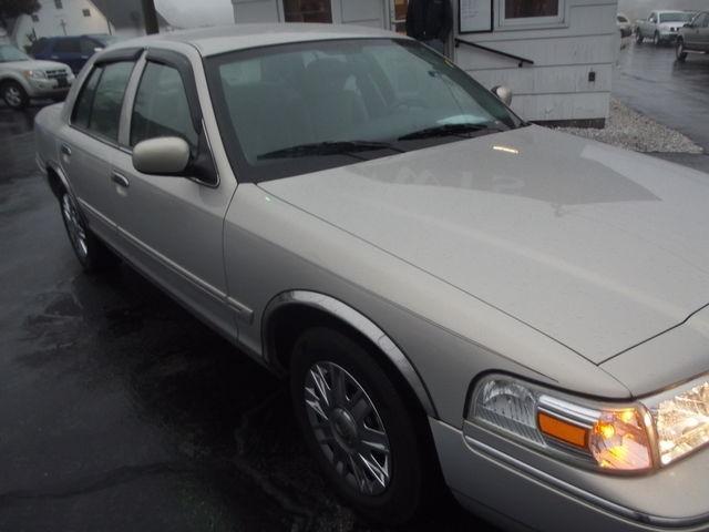 Mercury Grand Marquis 2007 price $7,995