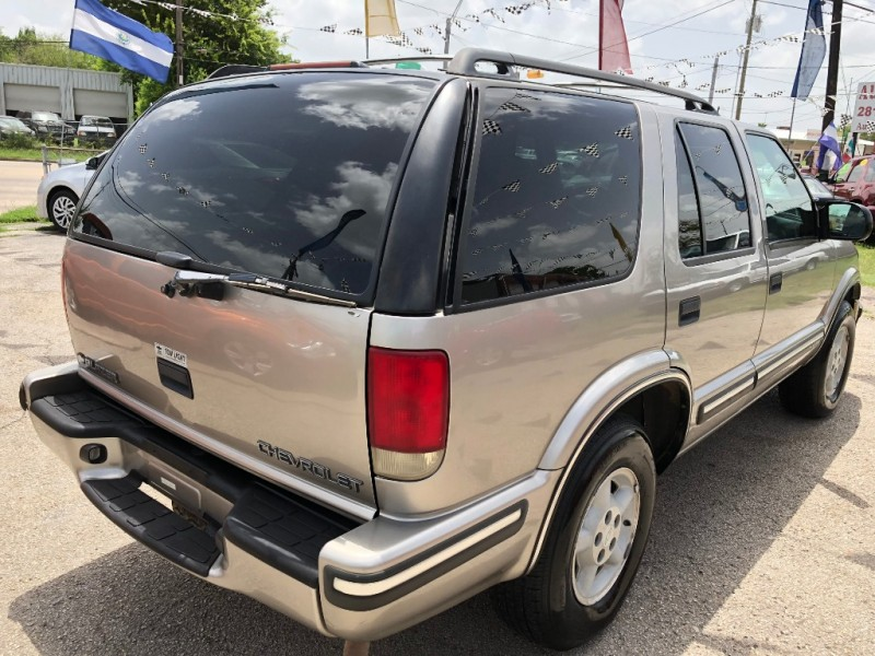 Chevrolet Blazer 1999 price $800