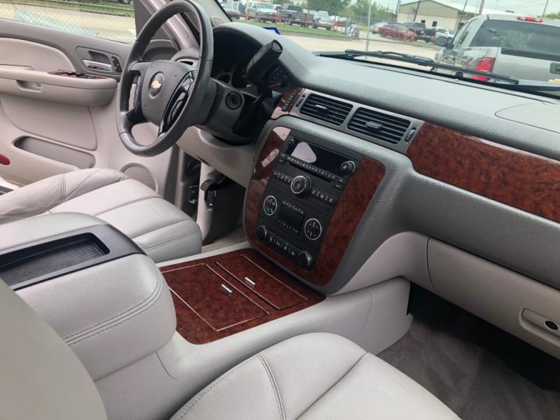 Chevrolet Suburban 2008 price $800 Down