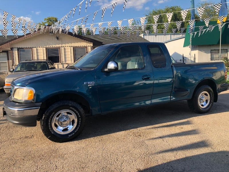 Ford F-150 2001 price $800 Down