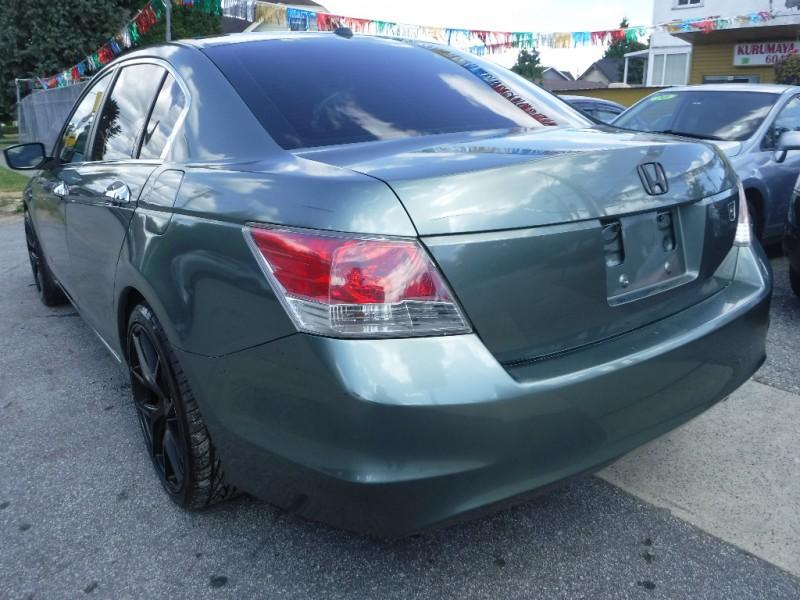 Honda Accord 2009 price $7,950