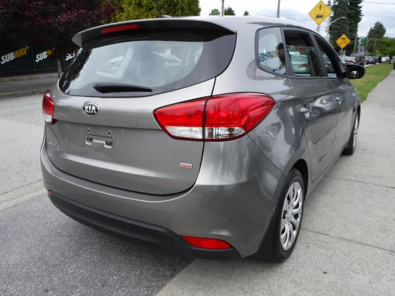 Kia Rondo 2014 price $6,950