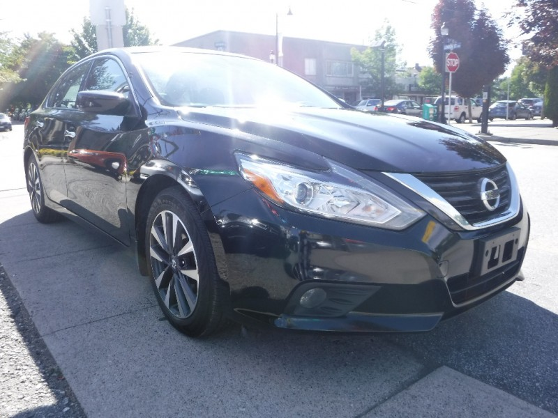Nissan Altima 2016 price $13,800